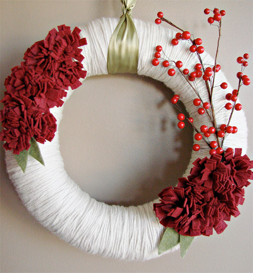Yarn Wrapped Holiday Wreath